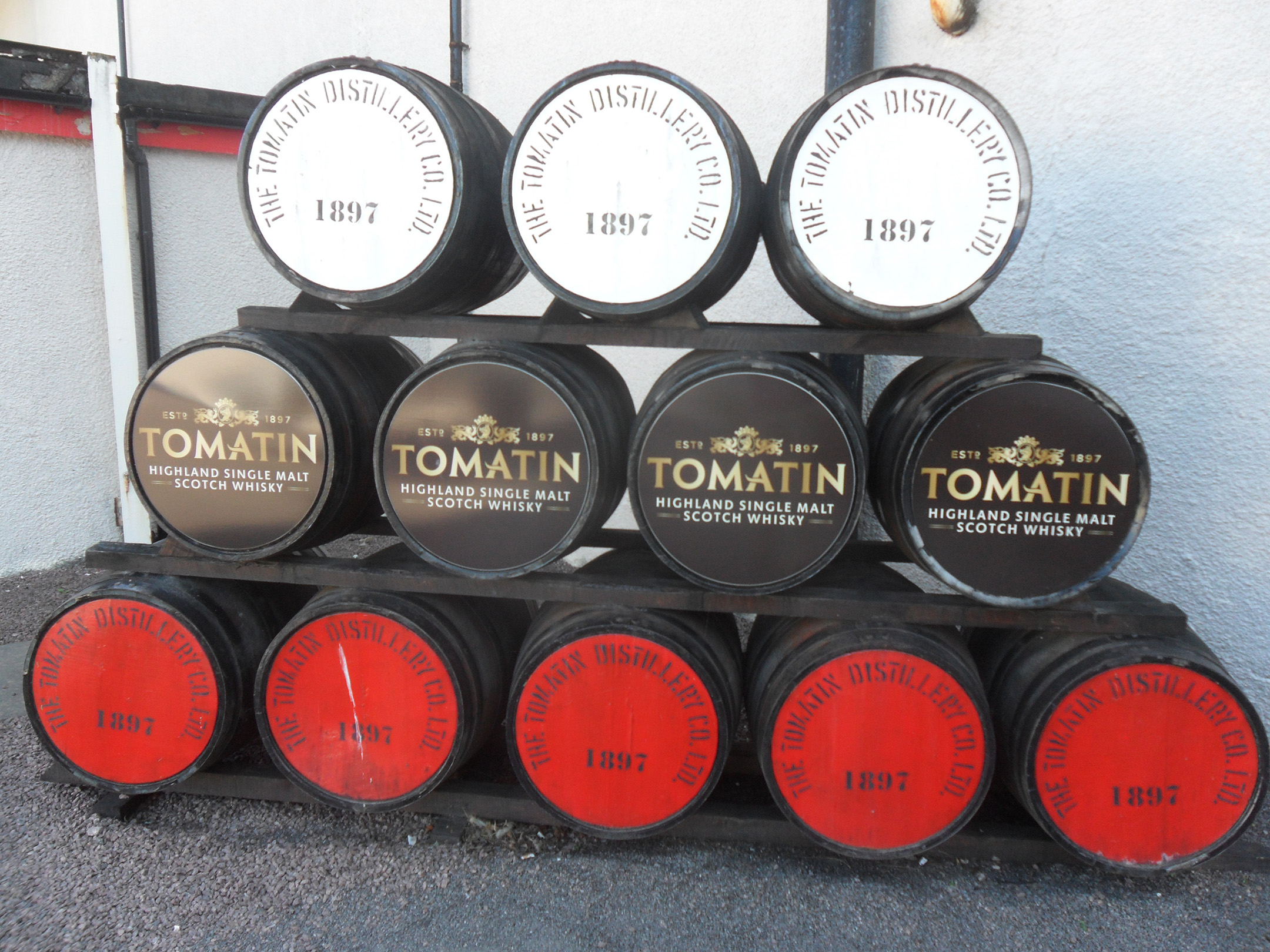 29  in Tomatin Distilly.JPG