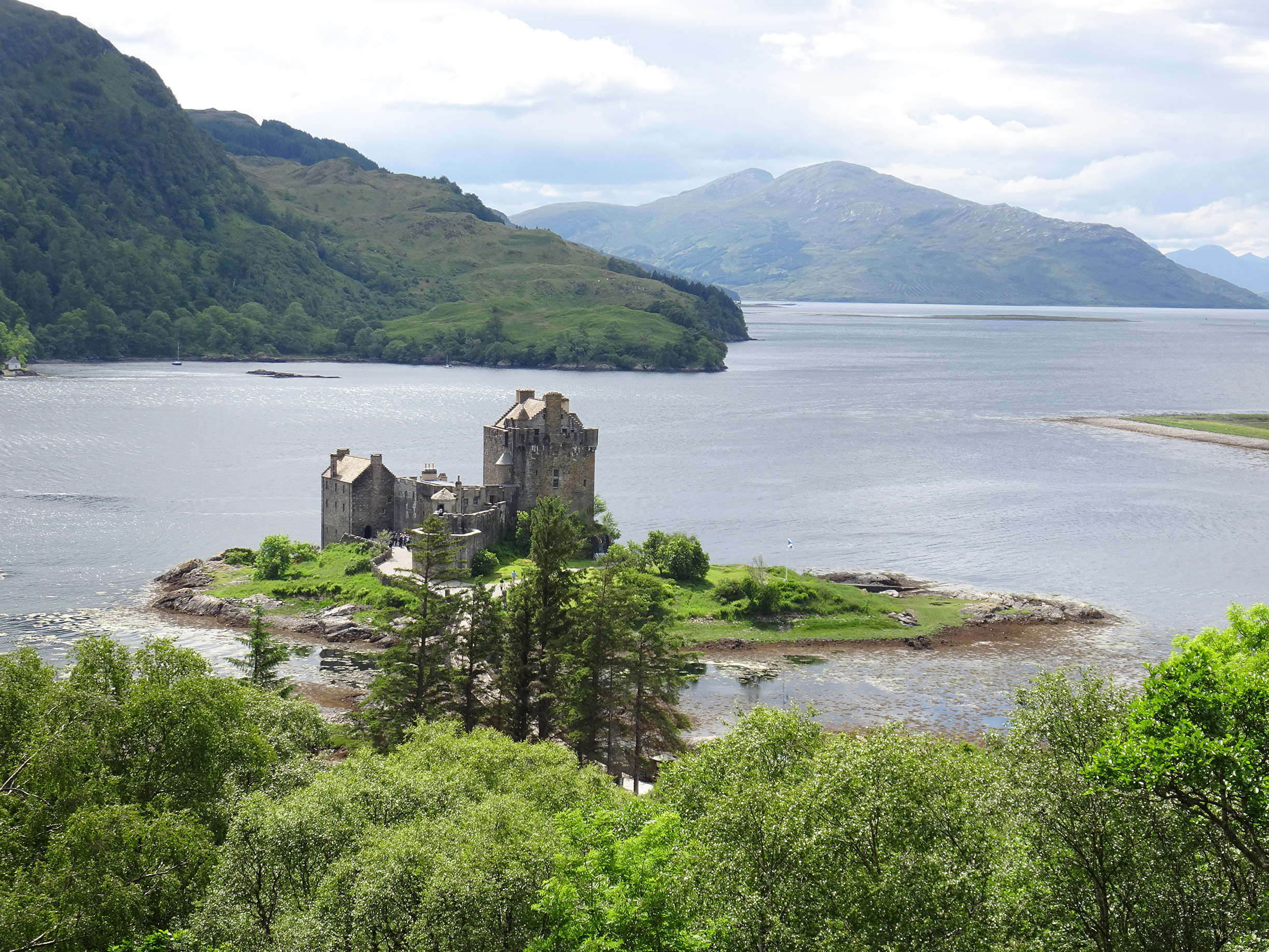 West Coast - Follow The Great Glen from Loch Ness to Eilean Donan